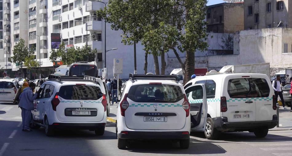 وزارة النقل توضح شروط تكسير وتجديد السيارات