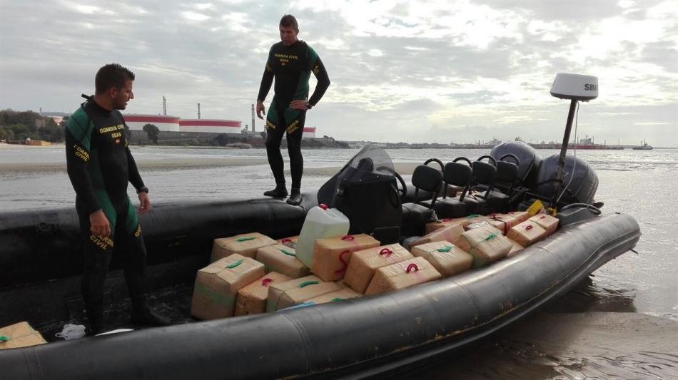 ذي إندبندنت: الجزائر منصة لتهريب الكوكايين الموجه إلى المملكة المتحدة