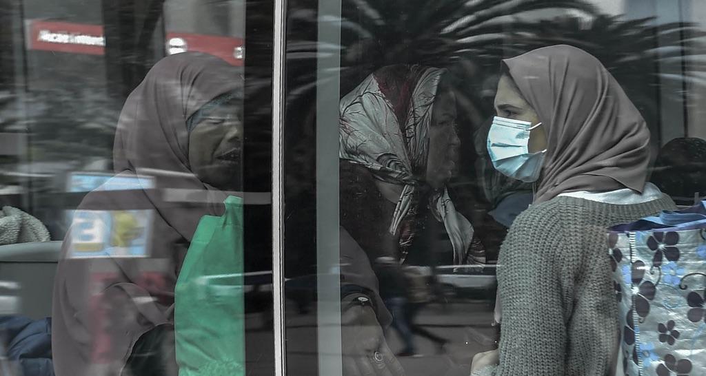 النقل العمومي في زمن كورونا (تصوير رزقو)