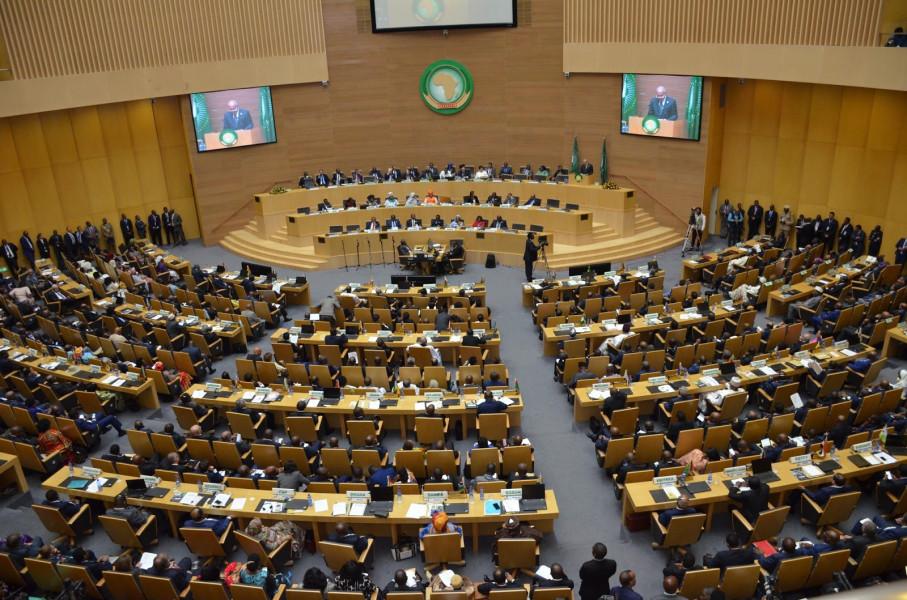 الاتحاد الإفريقي يدين الاستيلاء بالقوة على السلطة في غينيا