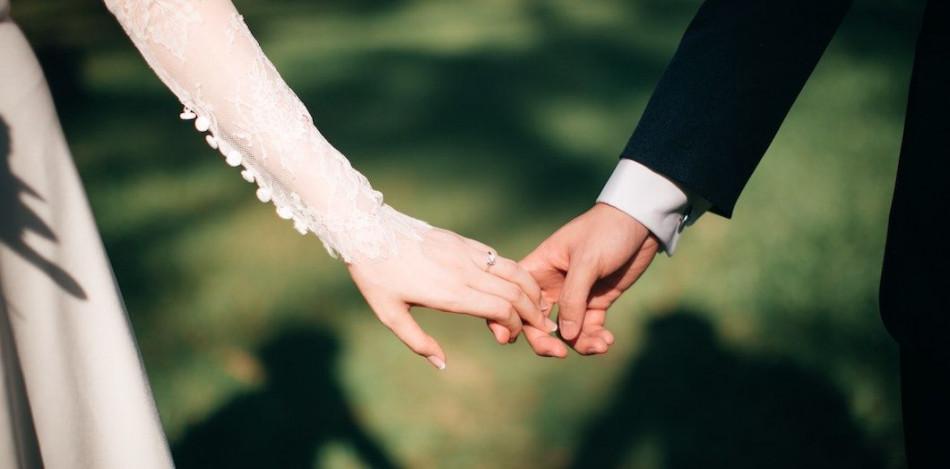 الاحتفالات الافتراضية تنعش قطاع الأعراس بأمريكا