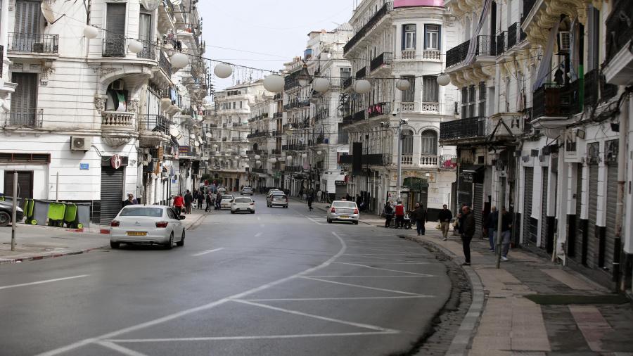 الجزائر .. تمديد الحجر الجزئي المنزلي لمدة 10 أيام